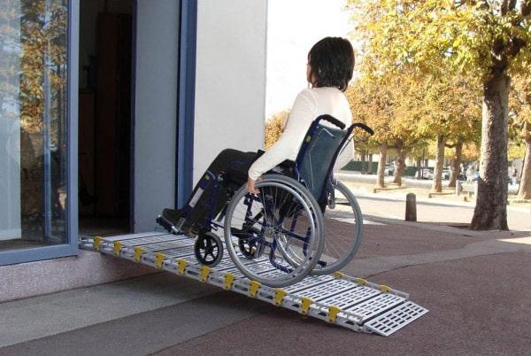 portail pour handicapé
